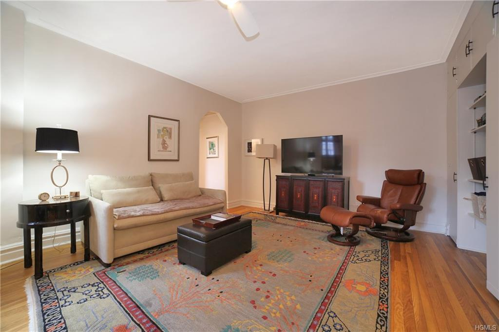45 West Pondfield Road Unit 4E Bronxville, NY 10708 - MLS #: 4836860