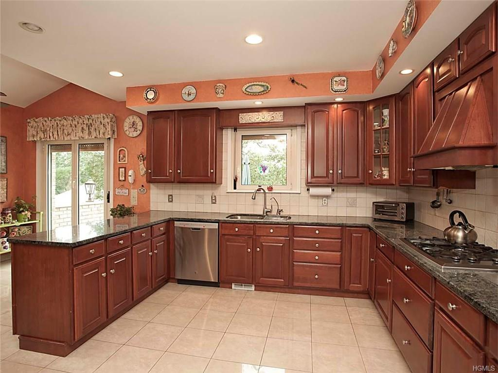 10 Marion Place Yonkers, NY 10705 - MLS #: 4847261