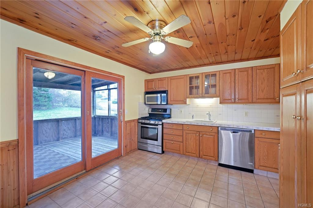 6 Old Town Road Monroe, NY 10950 - MLS #: 4856420